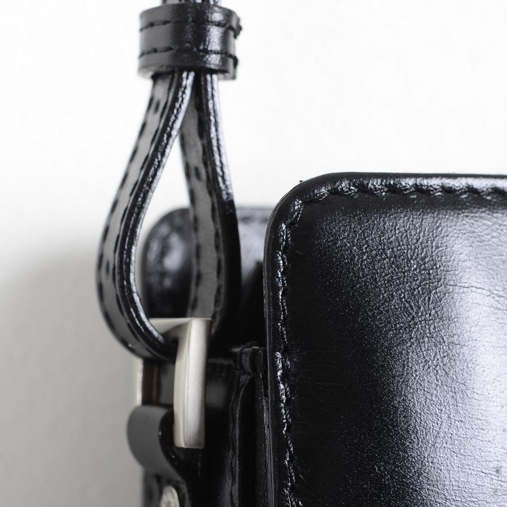 Väska i italienskt läder från Claudio Ferrici