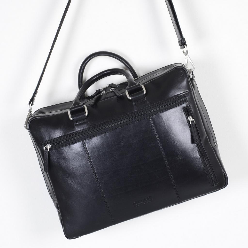 Vacker väska från Leonard Heyden