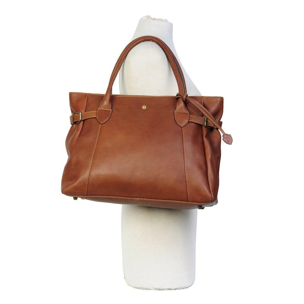 Tidlös handväska från Boomerang